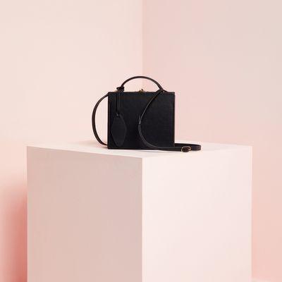 Box Bag with Luggage Tag